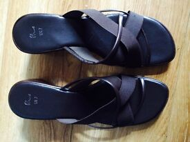 BHS sandals