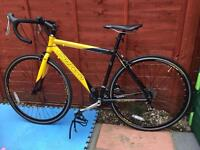 """Excellent Condition! Carrera TDF Road Racer Bike - 19"""" (48cms) frame, 700c Race Wheels"""