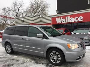 2014 Chrysler Town and Country Touring-L Stow 'N Go Power Doors