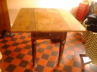 SHABBY CHIC DROP-LEAF KITCHEN TABLE