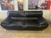 HARVEYS BLACK LEATHER SOFA IN NICE CONDITION VERY COMFY SOFT CAN DELIVER