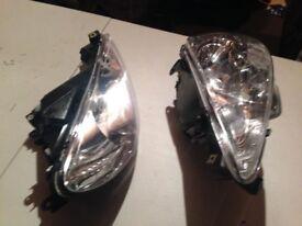 Headlights - Peugeot 206