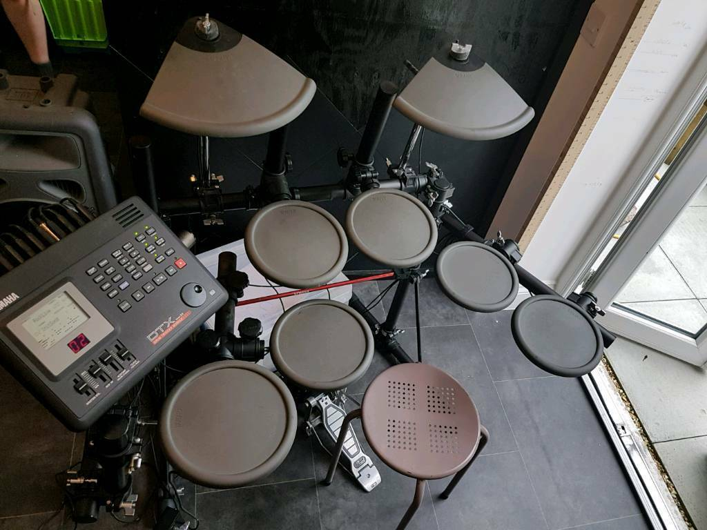 Electric Drum Kit Yamaha dtx v2