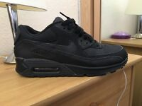 Nike Air Max 90 trainers. SIZE 8 UK