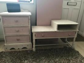 Drawers and table shabby chic