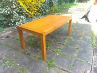 oak dinning table 6 seats JB GLOBAL