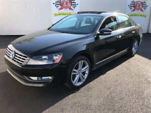 2013 Volkswagen Passat Highline, Leather, Sunroof, Only 69,000km