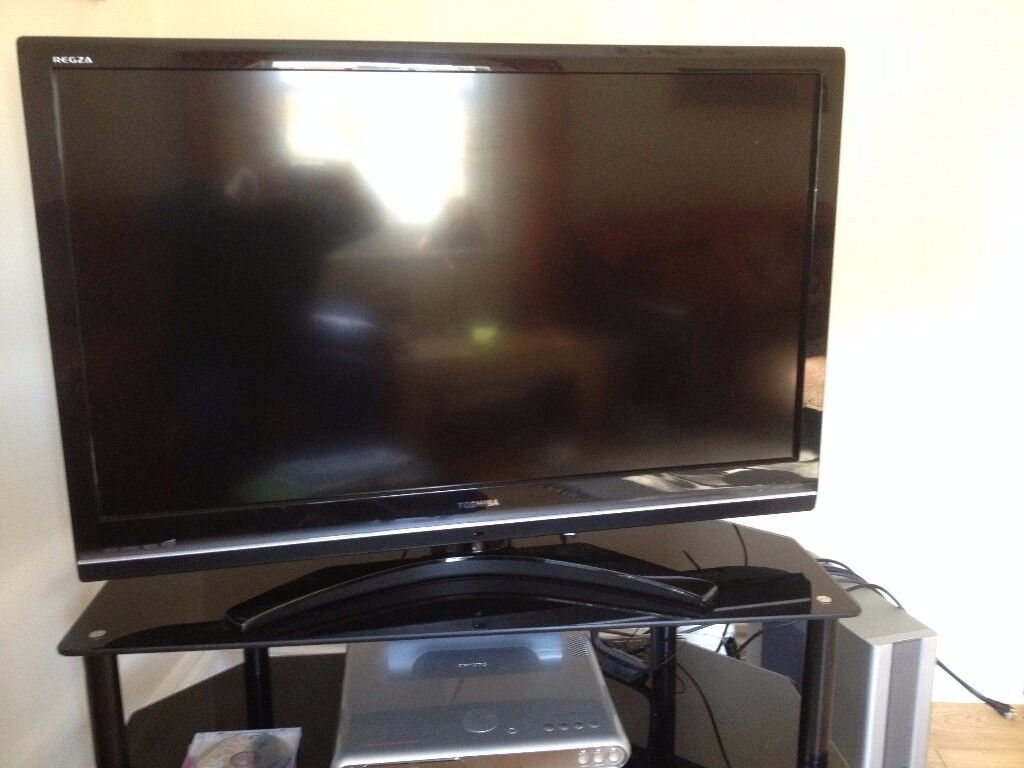 Toshiba Regza 42 Inch Lcd Hd 1080p Digital Tv Model 42xv635d In