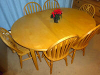 Dinning Room Table Solid Pine + Extendable + 6X Chairs