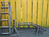 CAR RAMPS AND PAIR OF AXLE STANDS