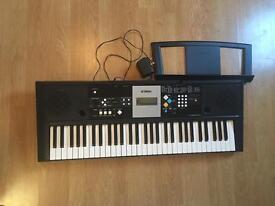 YAMAHA Portable Electric Keyboard PSR-E223 PSRE233