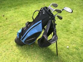 Junior set of golf clubs