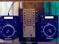 NUMARK NDX 500 CDJ/USB DECKS AND STANTON M207 EFFECTS MIXER / ALL BOXED LIKE NEW