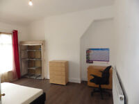 LEWISHAM SELECTION OF EXTRA LARGE ROOMS FOR RENT NEAR TBS & LEWISHAM HOSPITAL , SHOPPING CENTER