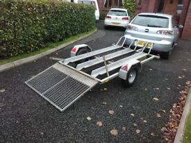motocross trailer suitable for 1 to 3 bikes, excellant condition