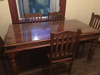 Solid oak 5 seater dining table