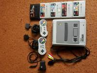 SNES Complete With 5 Games - Super Nintendo Entertainment System