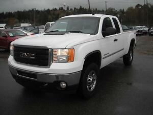 2013 GMC Sierra 2500HD Extended Cab Regular Box 4WD
