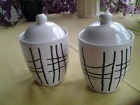 2 Storage Jars £1 each
