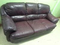 3 piece leather suite 3 seater sofa and 2 chairs