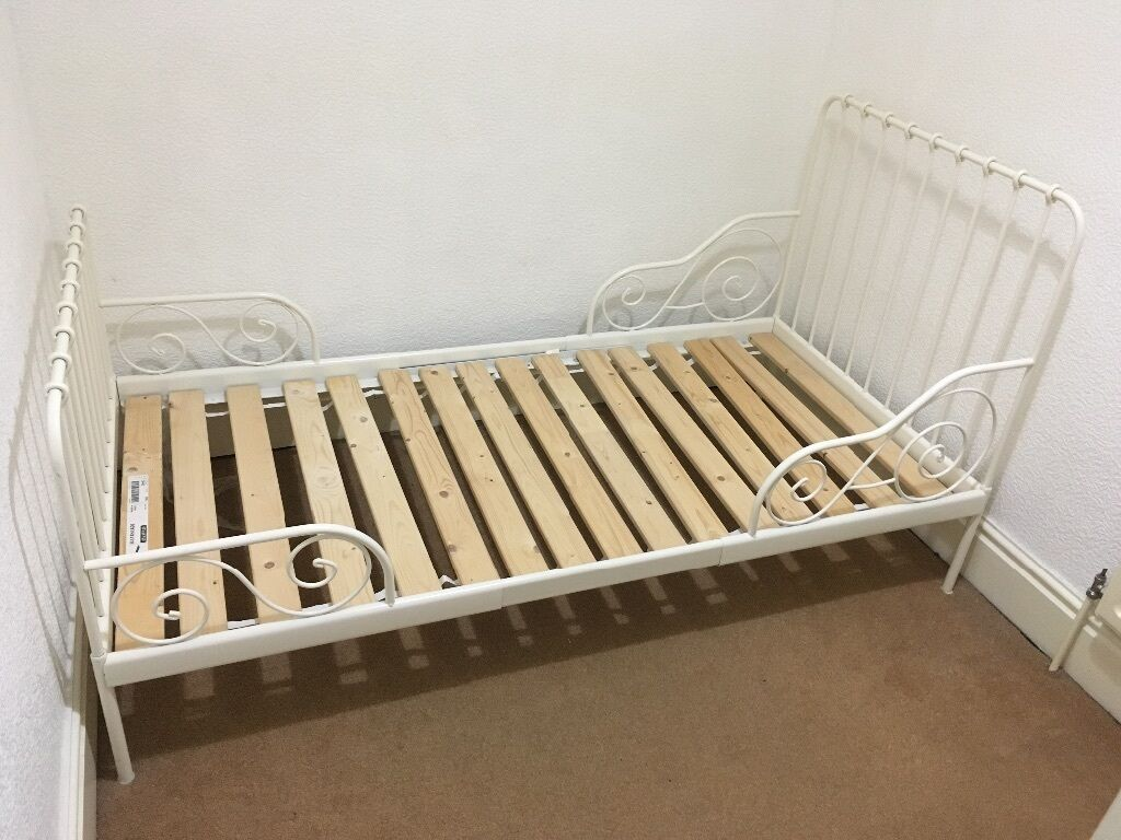 ikea extendable minnen junior bed with wooden slats in sheffield south yorkshire gumtree. Black Bedroom Furniture Sets. Home Design Ideas