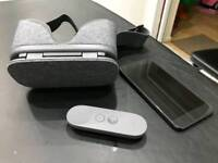 Google pixel XL 32gb with Daydream VR Google and remote