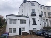 Aigburth Vale L17 - Two bed fully refurbished and furnished apartment - utility bills inclusive