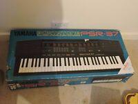 Yamaha PSR 37 Electronic Keyboard