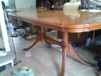 Regency dining table, famouse brand: Strongbow. Yew wood, 155-195CM, extendable