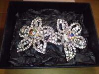 LADIES / GIRLS, NEW LARGE DOUBLE FLOWER CLIP HAIR SLIDE, INLAID, AND SET WITH CRYSTALS,