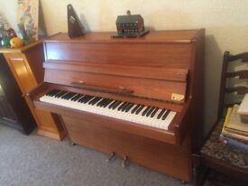 Barratt & Robinson London Piano, 6 octave, great condition.