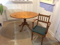 Omni pine table and 4 carver chairs As new condition, green padded seats, buyer collects £150