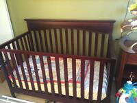 Graco crib (no teeth marks)