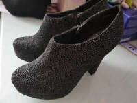 New Look size 4 sparkly heels