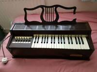 Rosedale electric chord organ FREE TO A GOOD HOME