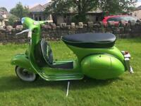 VESPA SPORTIQUE 150cc. EXCELLENT CONDITION. V5c AVAILABLE. PAINTED IN VW SCIROCCO GREEN.