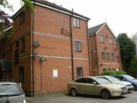 Granada Mews - Spacious 2 bedroom flat with parking! Available Now. Students/Professionals Only.