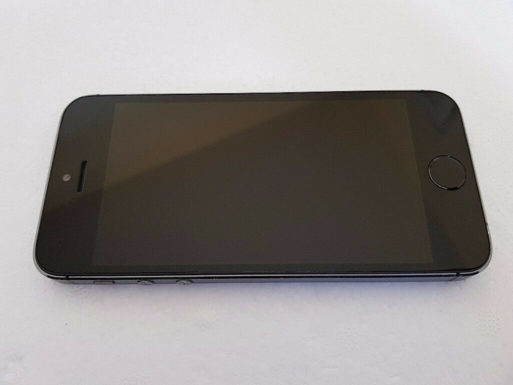 Apple iPhone 5s 16GB Space Grey Unlocked in good condition with Fingerprint Sensor Fault