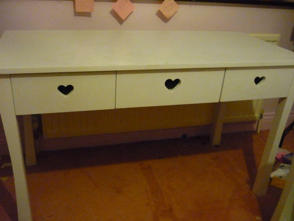 Mia Bedroom Furniture Mia White Bedroom Furniture Desk In Canvey Island Essex Gumtree