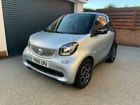 Smart car top spec 1 owner 2425miles