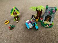 Lego friends monkey first aid set and squirrel set