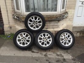 Alfa Romeo lusso 147 t spark 4 alloy wheels with verry good tyres
