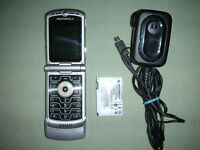 Motorola RAZA V3 mobile phone