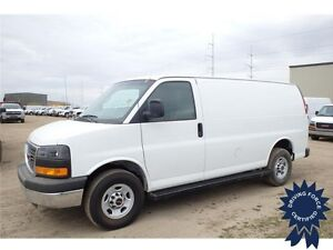 2015 GMC Savana Cargo Van - 4.8L V8 - 31,603 KMs - 6 Speed A/T