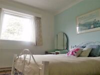 2 rooms available in Bridge of Weir near Glasgow Airport