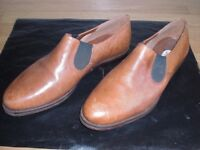 LADIES SIZE 6 BROWN LEATHER UPPER ELASTICATED SIDES SAXONE MAKE SHOES - GOOD CONDITION