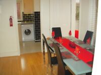 2 DOUBLE ROOM in Quality all female professional Houseshare Central Exeter