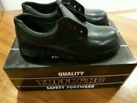 Women's safety shoes size 5