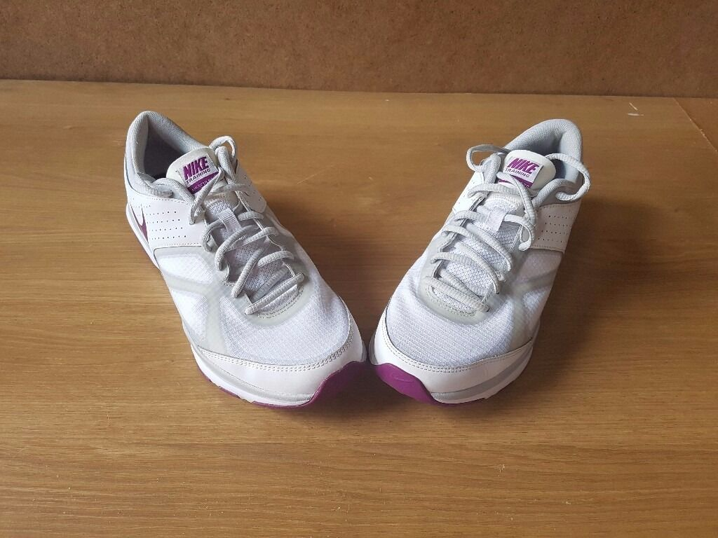 Nike womens size 7 trainersin Ipswich, SuffolkGumtree - Only worn a couple of times nike trainers on perfect condition. For collection or postage only