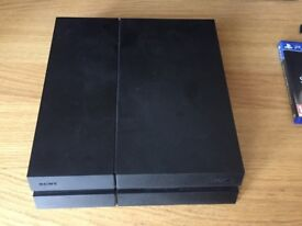 Perfect condition PS4 with Fifa 18, Destiny 2 and Skyrim Special Addition with 1 controller
